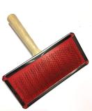 Slicker houten hondenborstel